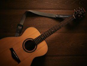 hvilken guitar skal jeg koebe?